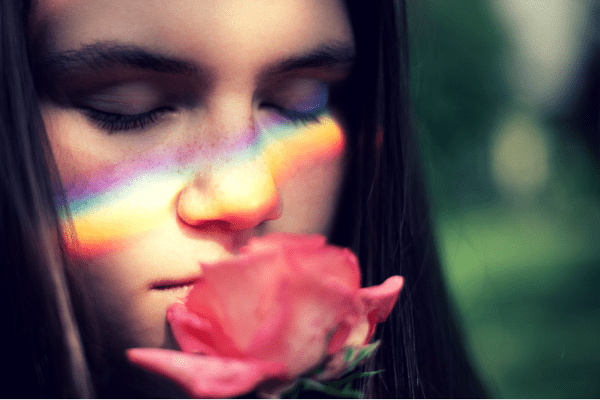 پوست جوان و نور | نیلای خیز