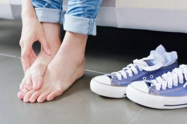 بیماری های پوستی پا | خیز