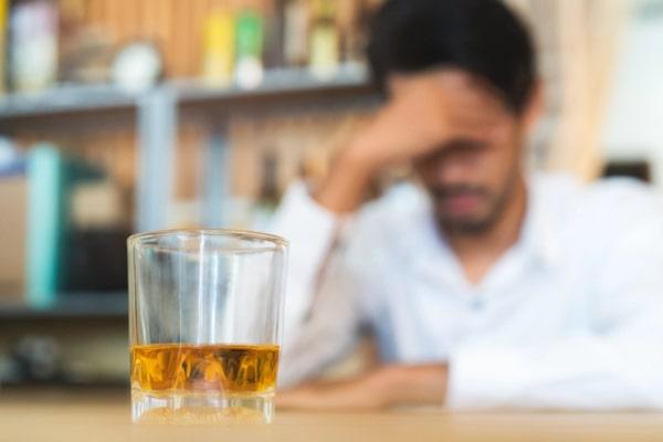 اثر الکل روی پوست | خیز
